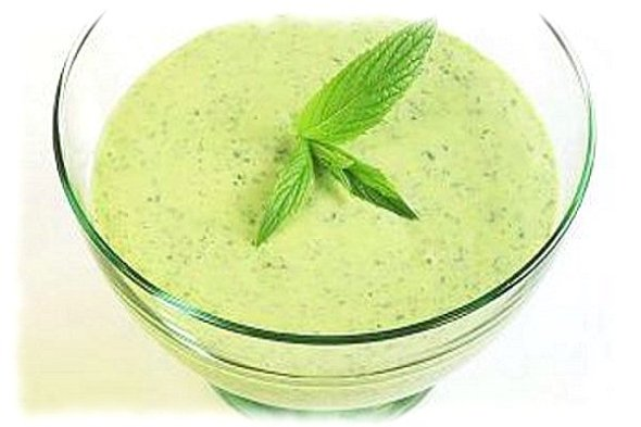 salsa yogur tzatziki