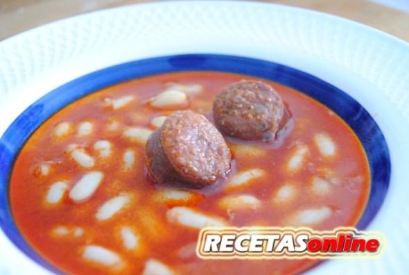 Judías con chorizo - Recetas de cocina RECETSonline