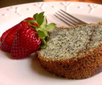 Kitchen-Parade-2009-Poppy-Seed-Cake-400-764434