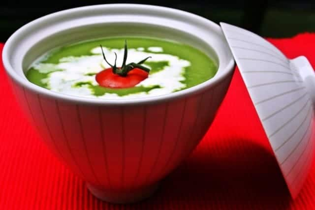 Pea-and-Lettuce-Soup-770x460
