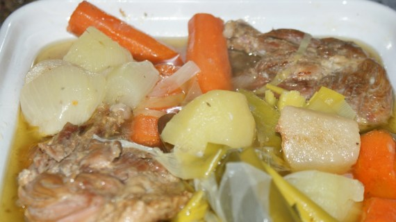 Pot au feu de canard confit - Cuisine du Sud-ouest © par Fanny GRW - Recettes d'ici et d'ailleurs