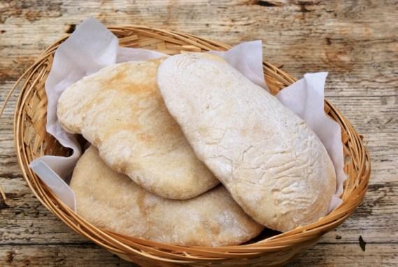 Pains pita - cuisine orientale et méditerranéenne © Recettes d'ici et d'ailleurs