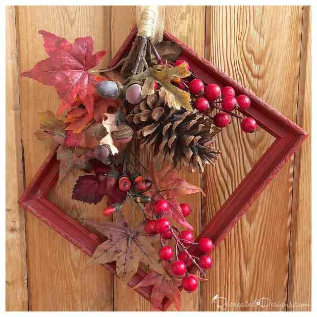 antique_frame_fall_wreath