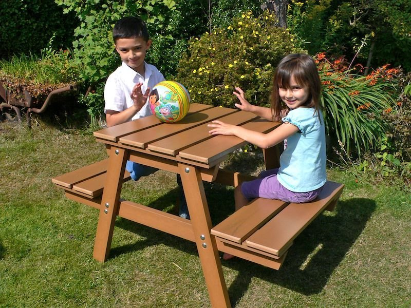 wood childrens table