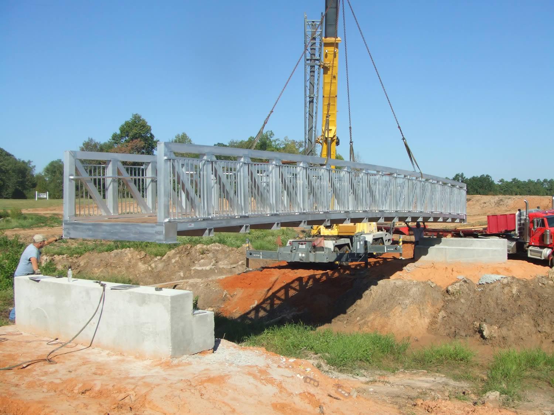 aluminum pedestrian bridges