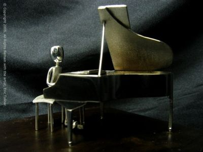 The Pianist |Red Earth Trophies & Sculptures