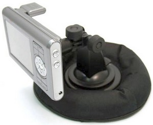 bracketrondashmount2 small1 Bracketron Nav Mat GPS Dash Mount   perch your GPS unit in safety on your dashboard