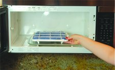 e zcleanrackmicrowave E Z Clean Rack   low tech but efficient germ zapper