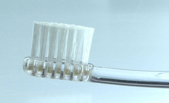 Misoka Toothbrush keeps your teeth clean all day, even after you eat