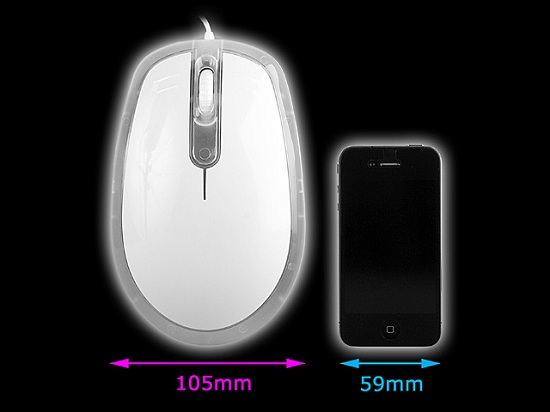 USBBIGMouse 5 640 Brandos Giant USB Mouse is big enough for two hands