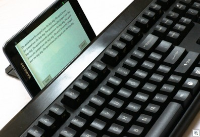 kbtalkingkeyboard5 thumb1 Impressive KBTalKing Pro Bluetooth Keyboard works with up to 10 devices at once [Review]