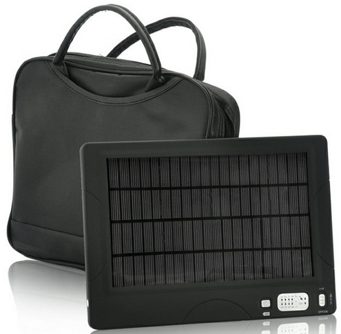 highcapacitysolarchargersystem High Capacity Battery and Solar Charger is beefy enough to keep your devices working non stop