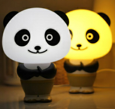 pandarobottalkinglamp Panda Robot Talking Lamp Clock is the kind of robot buddy we can live with