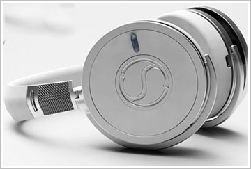 soundsight2 Soundsight Headphones   Bluetooth wireless headphones with an in built camera, just because they can...?