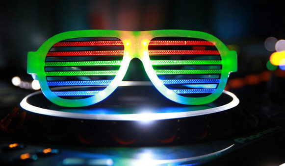 dropshades3 Dropshades – the LED accessory that parties as hard as you do