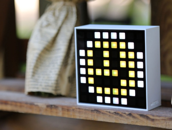 Dotti – put your phone down and get your notifications 8-bit style instead