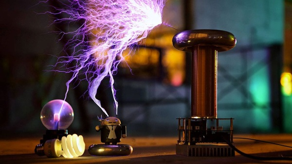Musical Tesla Coil Kit – rock on with science