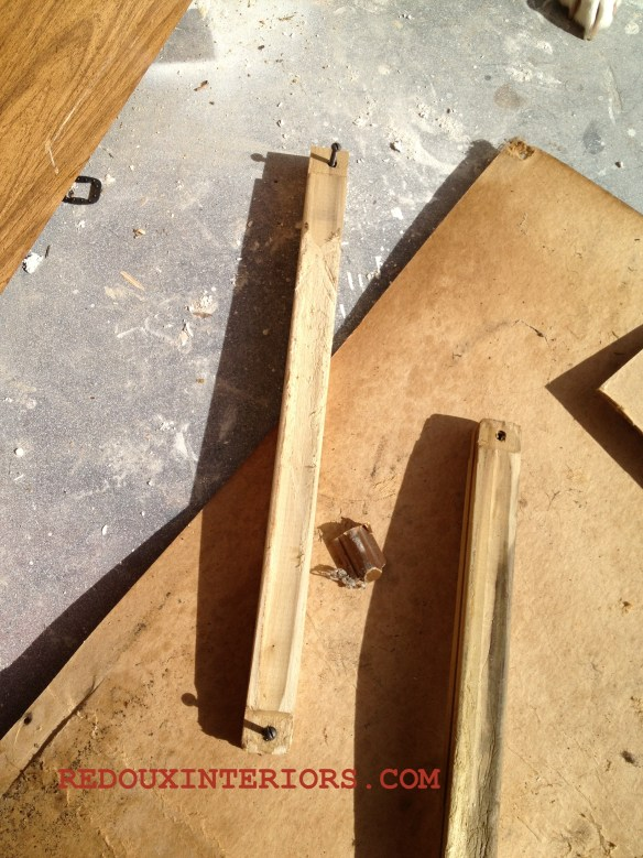 Drawer support cut