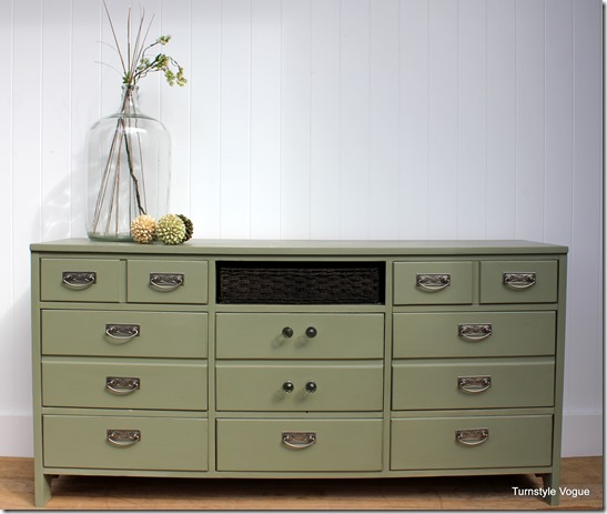 Furniture-Makeover-Silver-Spring-Dresser-www.turnstylevogue.com_thumb1