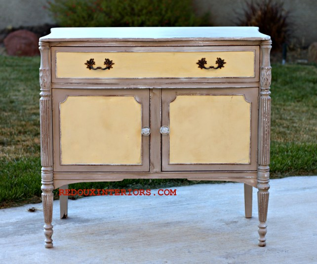 Small Cabinet CeCe Caldwells Pittsburg Grey, Dover White California Gold