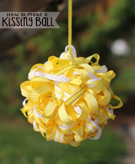 How-to-Make-a-Kissing-Ball