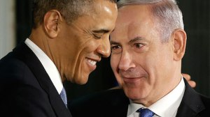 Obama and Netanyahu smiling.