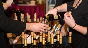 wine-pouring-30-of-197-917x500