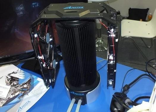 Apistek presenta un particolare raffreddamento a liquido per la Radeon HD 7990