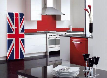 Reilly39s Home Appliances Smeg Fab28 271 Litre Retro