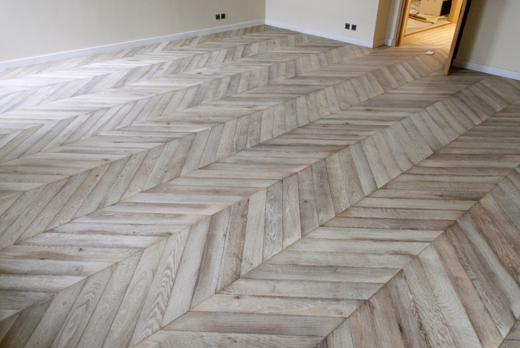 Herringbone vs chevron rekreated design for Hardwood floors vs tile