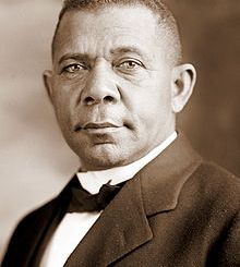220px-Booker_T_Washington_retouched_flattened-crop