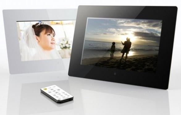 onkyo-digital-picture-frame-lpf10m01