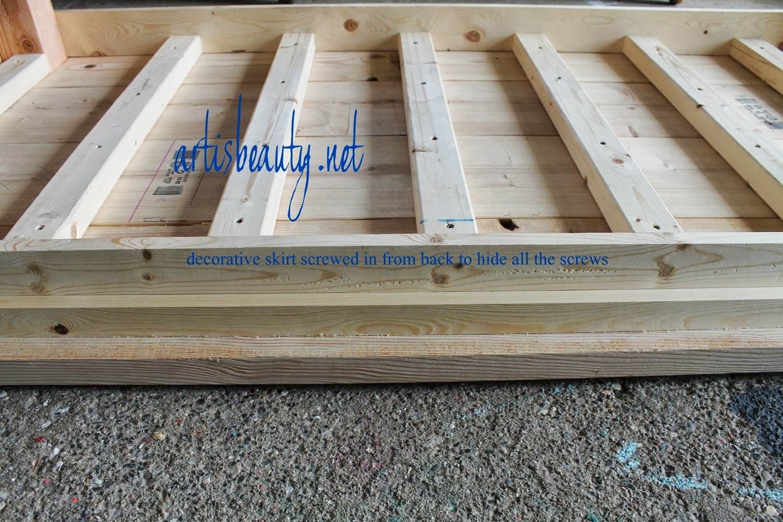 Build A Farmhouse Table For Under 100 Remodelaholic