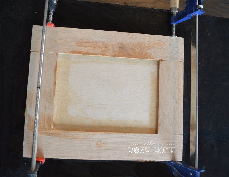 How To Make A Shaker Cabinet Door Remodelaholic Bloglovin