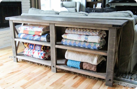 Remodelaholic 5 Easy Ways to Store Blankets - living room blanket storage