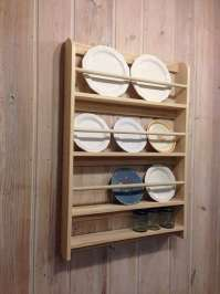 Decorative Plate Display Rack: Remodelista