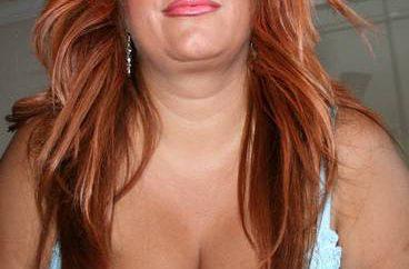 femme-mure-rousse-coquine