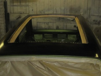 Cutting and preparation of sunroof