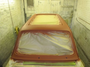 Roof in red oxide primer