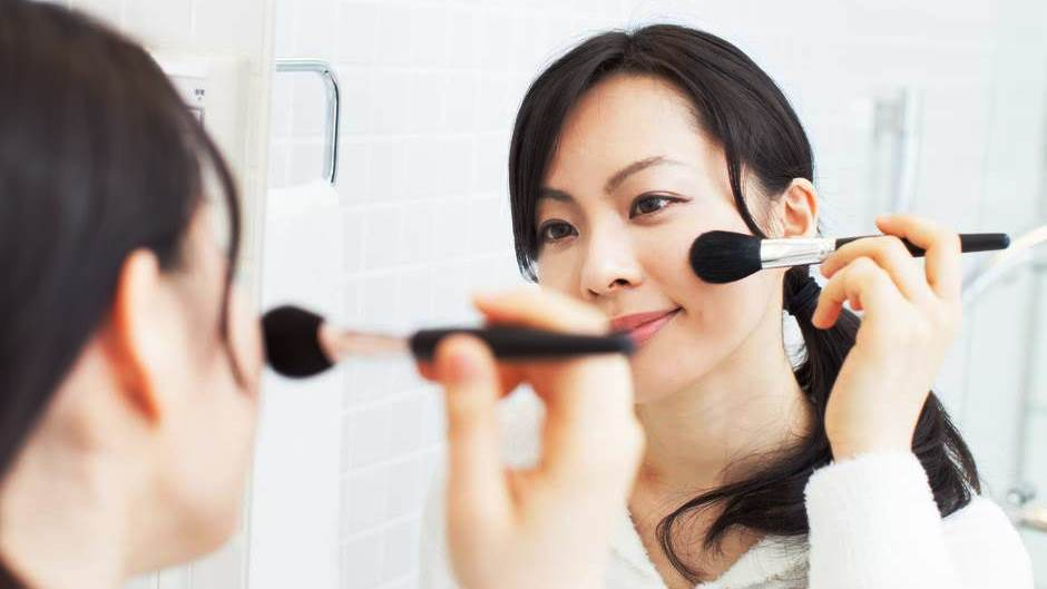 8 Ways To Save Money On Beauty Products Rentcom Blog