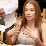 Samia Yunis convocó a una rueda de prensa en agosto del año 2010 para desmentir las acusaciones que habían hecho en su contra. Ahora elCicpc la vincula con el delito de legitimación de capitales. Samia asegura que sus padres tienen negocios de joyerías.