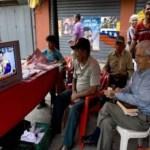 El venezolano propuso que los miembros del gabinete tengan sus propios programas de radio y TV.