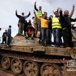 Unidades militares en el noreste de Libia anunciaron su apoyo a los manifestantes antigubernamentales.