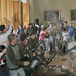 Los hechos violentos ocurrieron en el Consejo Legislativo de Táchira donde hubo daños al patrimonio público y a vehículos.