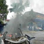La camioneta de la empresa de telefonía Cantv fue incendiada este miércoles, pasado el mediodía, por un grupo de encapuchados.