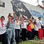 Colectivo La Piedrita usa a niños para las ilegales actividades de la organización de extrema izquierda.
