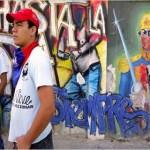 """El Colectivo Alexis Vive, uno de los muchos grupos de izq. en el 23 de Enero en Caracas, dicen que van a """"defender la revolución"""", pero no se involucrará en conflictos armados a menos que otras opciones se han agotado."""
