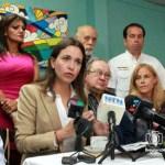 La dip. María Corina Machado durante la conferencia de prensa en Miami.