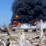 La imágen muestra la devastación y destrucción en los alrededores de Amuay.  Viviendas, comercios y vehículos han quedado destrozados.