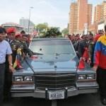 Evo Morales y Nicolás Maduro encabezan el cortejo fúnebre del fallecido Hugo Chávez.